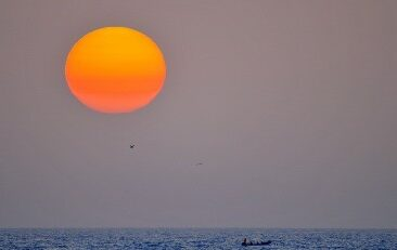 Senegal_sea_sunset_800-e1481732457150